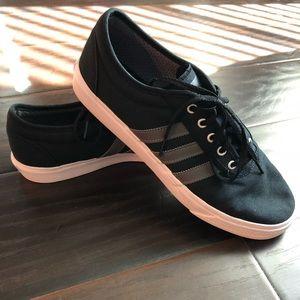 Adidas shoe 👟